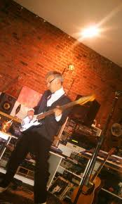 Roger on bass at the Shabby Road Studio. Image courtesy of Originalhipster.net