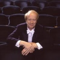 Master Conductor, Christopher Seaman Demystifies the Mysterious in Inside Conducting