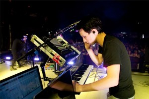 Aaron Short - keyboardist, pictures from North American Tour 2012*